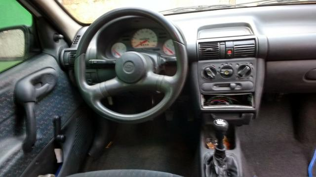 Corsa Wind 1.6 MPFI 2001 - AC/DH