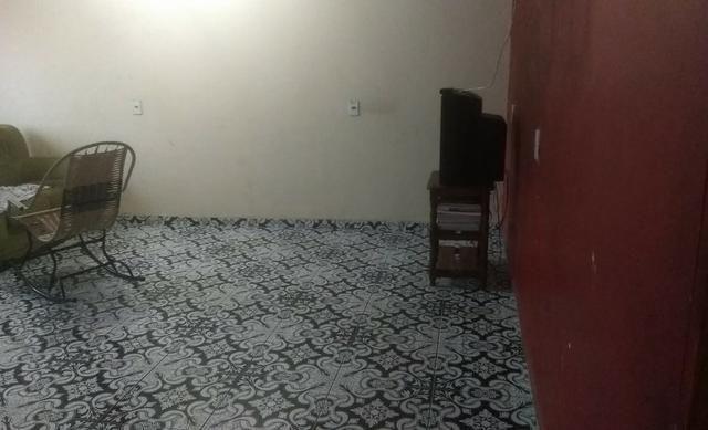 Cachoeirinha dois quartos, próximo a Av. Costa em Silva - Foto 14