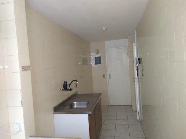 Alugo Todos os Santos apartamento 3 qts 2 banheiros elevador e vaga - Foto 2