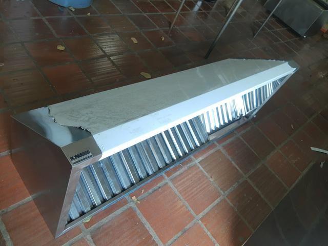 10x SEM JUROS* Coifas, mesas, pias, bancadas em inox - Foto 3