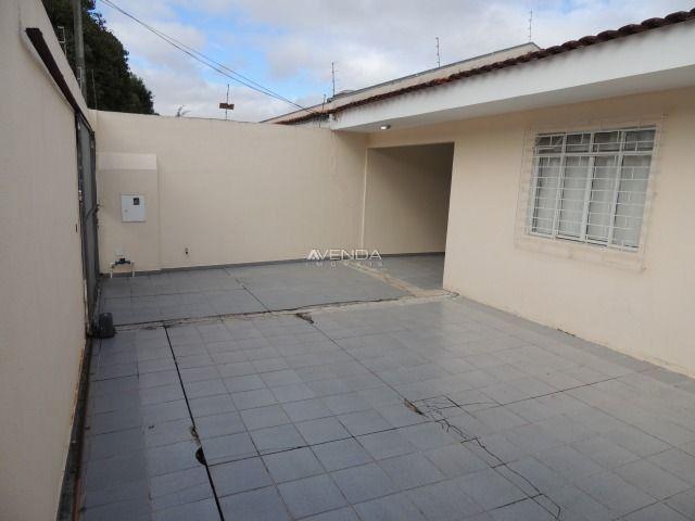Casa térrea em ótima localização, contendo 3 dormitórios sendo 01 suíte - Foto 4
