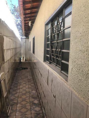 Casa térrea de esquina - Setor Morais, Bairro Feliz - Foto 9