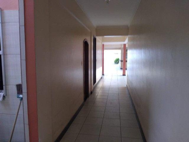 Linda mansão no centro de Castanhao por 1.800.000,00 - Foto 10
