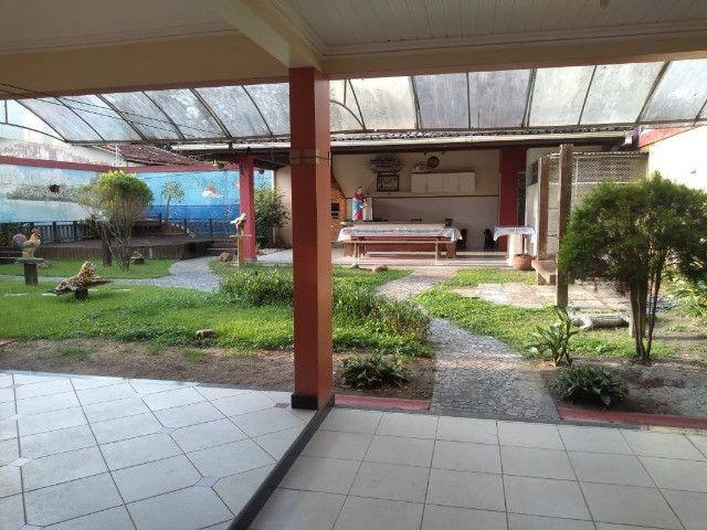 Linda mansão no centro de Castanhao por 1.800.000,00 - Foto 18