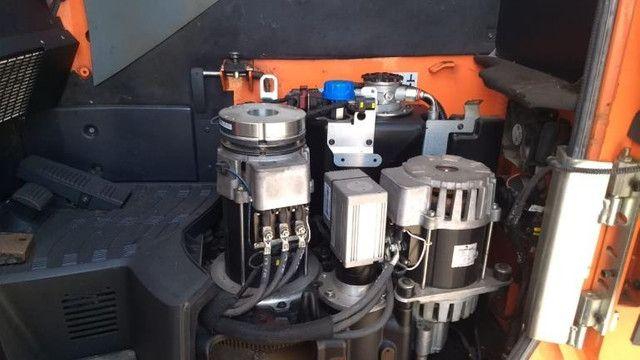 Empilhadeira BT Coldestore Elétrica Retrátil c/Cabine Toyota - #6710 - Foto 4