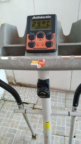 Elíptico - aparelho de exercício