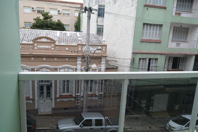 Apartamento 3 Dormitórios com sacada - Uma quadra do Calçadão - Foto 9