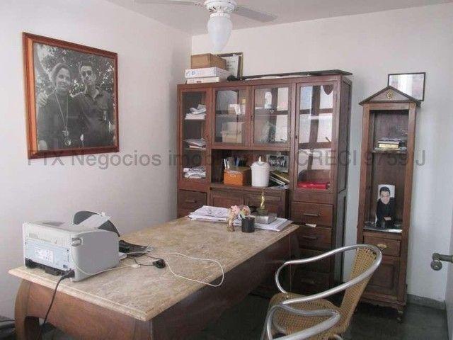 Casa Excelente de Esquina com Terreno 720m² na Rua da Paz - Foto 14