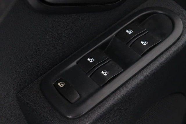 Renault SANDERO PRIVILEGE HI-FLEX 1.6 16V 5P AUT - Foto 9