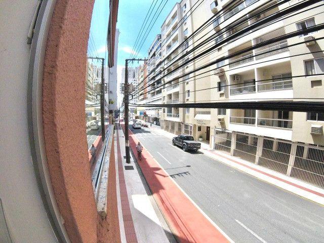 03 Dormitórios + Dependência, Amplo terraço, 200m² Privativos, Rua 2000 - Foto 13