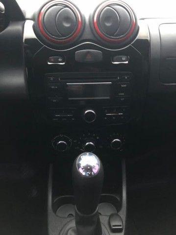 Renault SANDERO STW 16HP - Foto 17