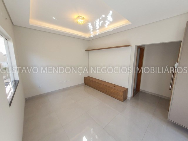 Casa com 3 quartos e espaço gourmet no Rita Vieira 1- Ótima localização! - Foto 8