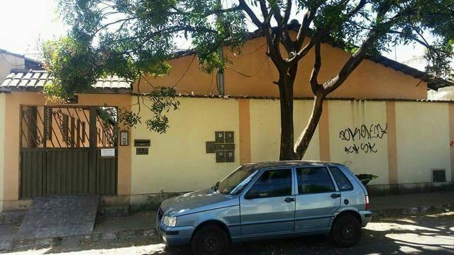 Aluga Quarto / Banheiro Centro Goiânia Quitinete kitnet