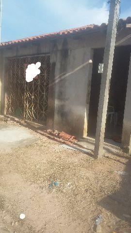 Casa no bairro carananzal Borges Leal