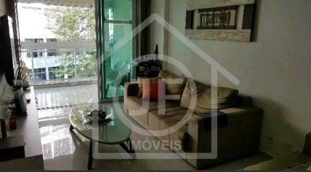 Apartamento - LARANJEIRAS - R$ 3.000,00