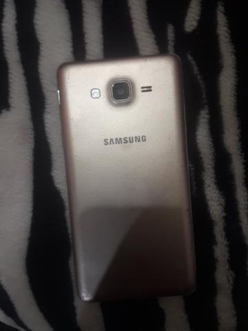 Celular Samsung ON7