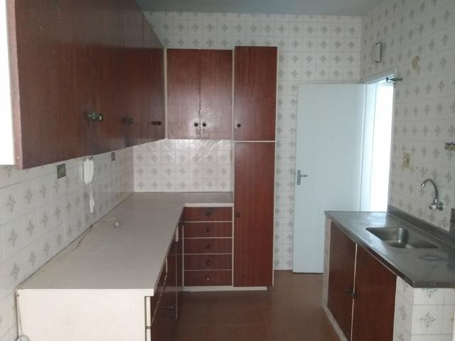 Vendo Vila da Penha apartamento 2 qts sem elevador vaga na escritura