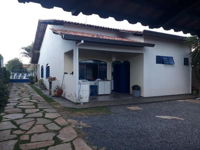 Vendo linda casa em condomínio fechado na DF 425(Pego sua casa no Setor de Mans?es!) - Foto 20