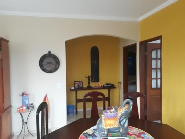 Vendo linda casa em condomínio fechado na DF 425(Pego sua casa no Setor de Mans?es!) - Foto 9