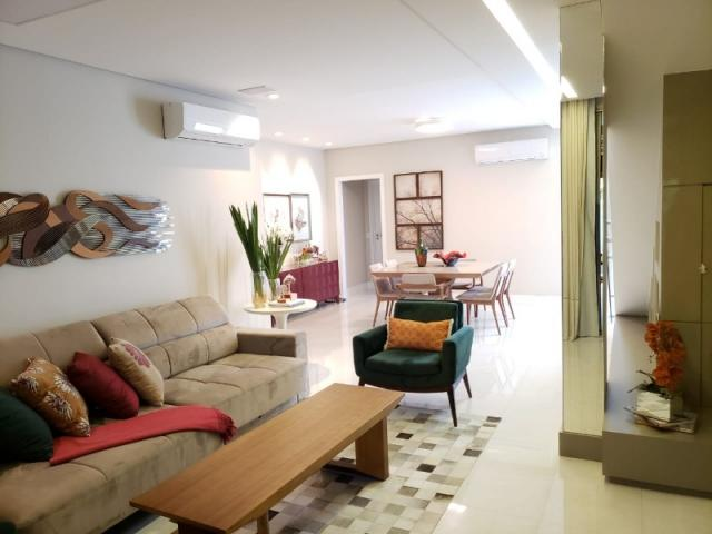 Casa 4qts, 3 suítes, 4vgs, 314m².