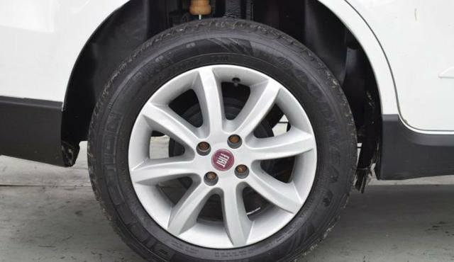 Fiat modelo grand siena essence 2014 - Foto 8