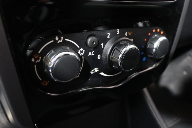 Renault SANDERO PRIVILEGE HI-FLEX 1.6 16V 5P AUT - Foto 13