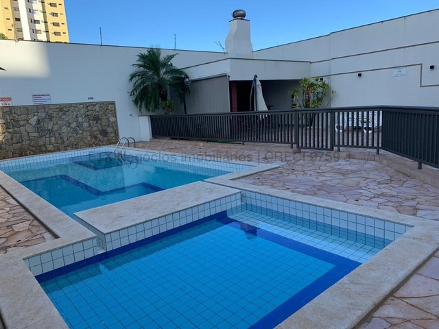 Amplo apartamento em excelente localização - Monte Castelo - Foto 3