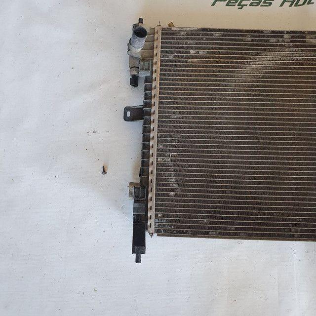 Radiador e condensador nissan march e Versa  - Foto 3