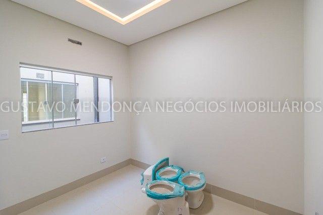 Belíssima casa-térrea no Rita Vieira 1 - Alto padrão de acabamento!! - Foto 16