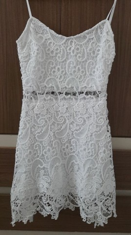 Vestido de guipir branco