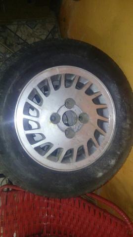 V/T aro 13 com pneus novos