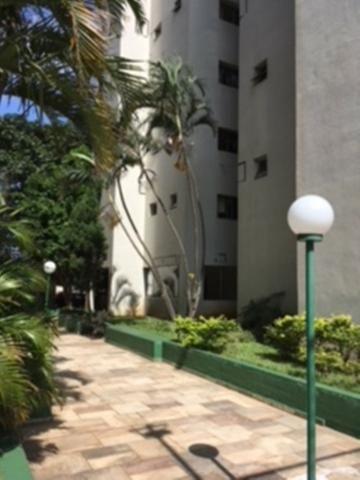 Apartamento na V. Alpina, 3 quartos, 2 banheiros, 1 garagem, reformado, ótimo condomínio - Foto 3
