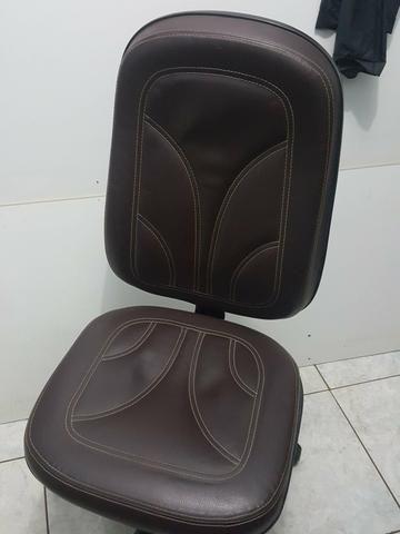 Cadeira de escritório nova - Foto 3
