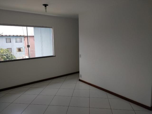 Apartamento reformado em condomínio fechado no sobradinho - Foto 3