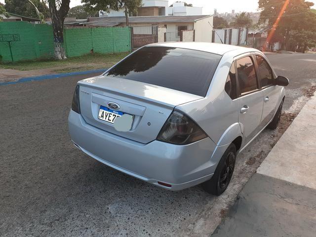 Fiesta sedan 1.6 8v 2014 Financiamento 100% PELO banco - Foto 2