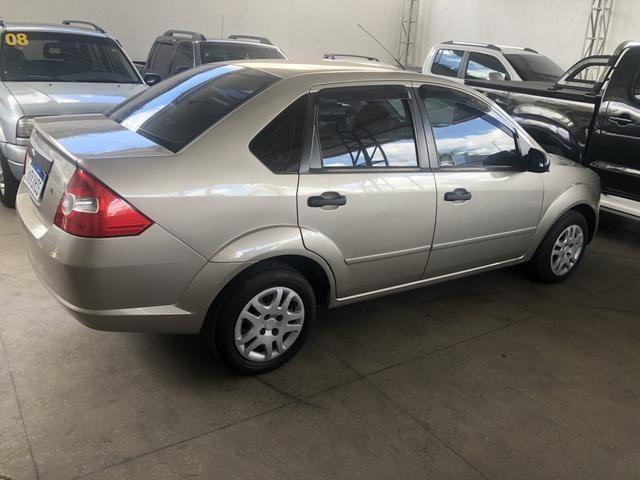 Ford Fiesta Mod:2008 - Foto 4