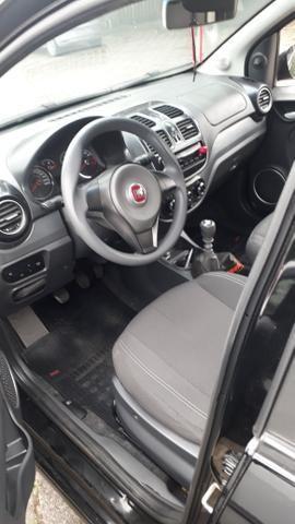 Fiat grande Siena 2015 - Foto 4