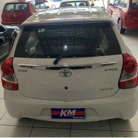 Etios xls 1.5 2013 na km automóveis - Foto 2