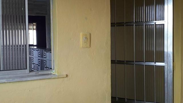 Vendo está linda casa no bairro de plataforma Rua 7 de abril são João do cabrito - Foto 4