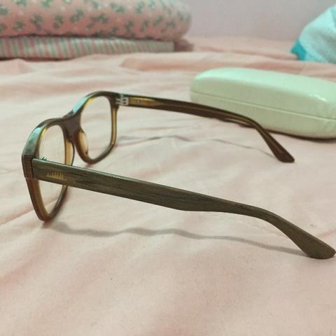 6e9718e6ab216 Óculos Chilli Beans Armação Madeira com Grau e Tratamento ...
