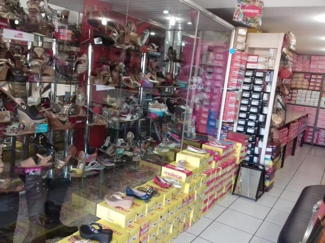 1b7b396b5112b Loja de calçados - Outros itens para comércio e escritório - Zona 3 ...