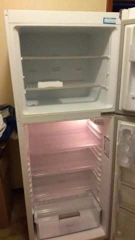fa8927dd6 Ótima Oportunidade  Refrigerador Continental Duplex Massima RCCT490 - 467 L  ~ Apenas Venda