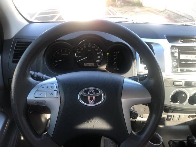 Toyota Hilux SR 4x4 3.0 8V 116CV TB DIESEL / pneu NOVO / todas revisões na Toyota - Foto 4