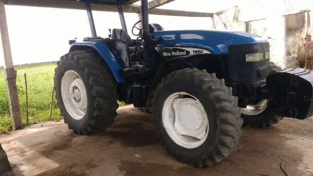 Trator 4x4 New Holland TM 150 2004