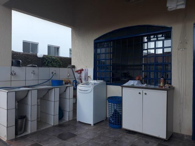 Vendo linda casa em condomínio fechado na DF 425(Pego sua casa no Setor de Mans?es!) - Foto 18