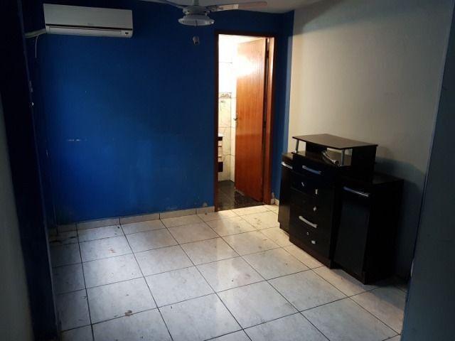 Casa com 4 quatros (3 suítes) / 3 vagas de garagem /terraço com churrasqueira - Foto 6