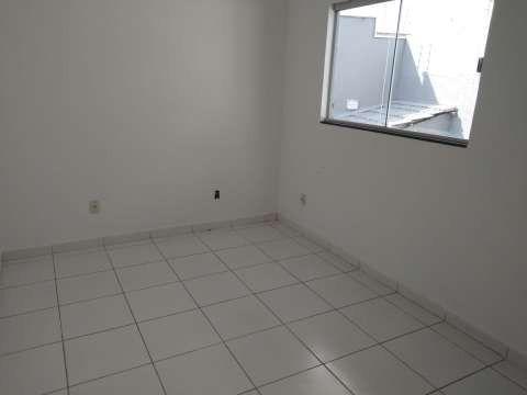 Casa excelente com 3 quartos grande - Foto 12