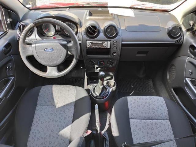 Ford Fiesta 1.0 Mpi Sedan 8v - Foto 4