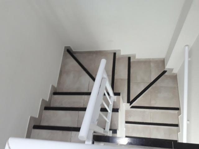 Duplex sendo 3suítes com piscina & deck em condomínio a 20minutos do centro de messejana - Foto 9