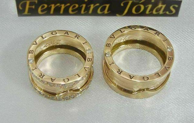 Alianças BVLGARI em ouro 18k com diamantes sintéticos - Foto 4